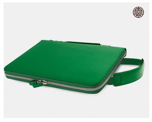 apariencia elegante Mejor precio chic clásico Funda portatil en Piel, Bythreads - ubrique.com