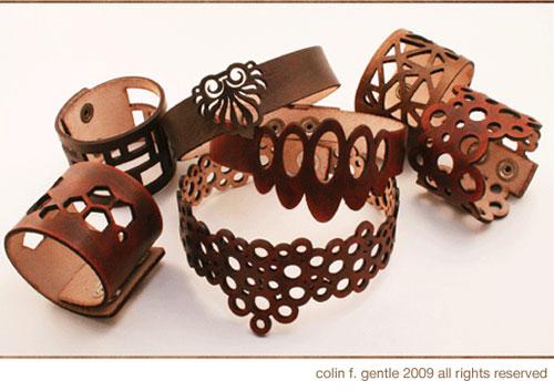 5b5aa97148c1 CuffModern es una compañía Neoyorkina que se dedica al diseño de artículos  de piel para el hogar y complementos de moda. Nos llamo muchísimo la  atención su ...